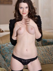 Horny girl shows off - BestNudeAction.com