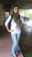 slave jilbab - N