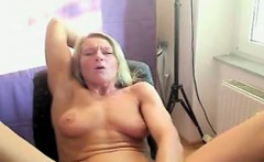Hot And Naked Mature Woman