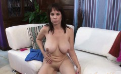 Kelly Capone Gets the Vibrator in Deep