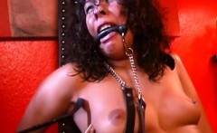 Sexy Female Slave Gets Hot With Mistress