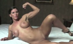 Ariel X Gets Naked In Her Hotel Room