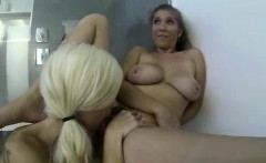 Teen lesbians licking pussy in threesome for sex tape