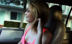 skinny blonde teen dakota skye gets pussy nailed in the car
