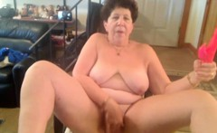 Old granny masturbate on chair and does fun with dildo