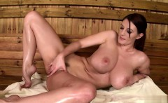 Sexy girlfriend screaming anal