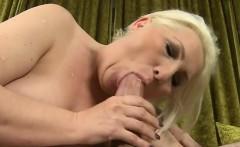 Cute pornstar best cum in mouth
