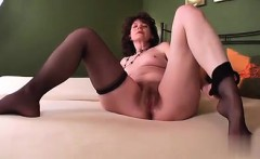 Geile Haarige Oma gibt Ga - found her on milf-meet.com