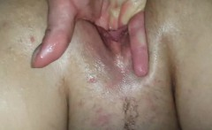 her lover knows how to make her squirt