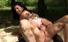 Outdoor gangbang for Nelly
