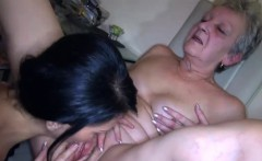 Julietta loves to eat youthful pussy