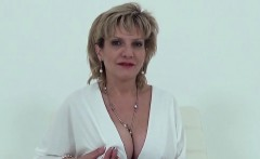 Cheating english mature lady sonia reveals her gigantic tits