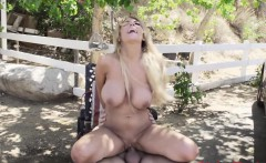 Highheeled skank drilled outdoors