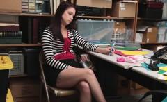 Teen shoplifter Naiomi Mae gets what she deserves
