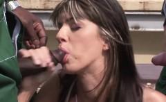 skinny milf anal gefickt vom schwarzen und weissen typen