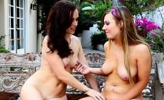 Lesbian stepmom licked