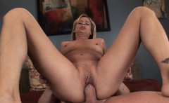 this lustful blond milf is a real anal aficionado and she