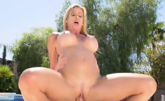 Hot Vixen Alexis Fawx Sucks And Screws Hung Stepson