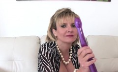unfaithful british mature lady sonia shows her huge knockers