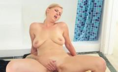 horny amateur gets facial