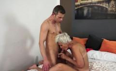 Old granny sucks cumshot