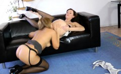 Classy english milf pussylicked in threesome