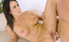 sexy cougar reagan foxx spreads her legs for lover