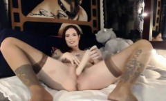 Tattooed MILF masturbates on webcam