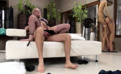 blondie lola taylor dped by two throbbing cocks on the couch