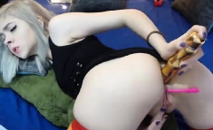Horny babe loves anal masturbation