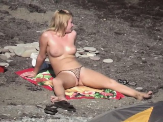 Spying on a nudist beach Cams Chat