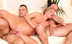 Bisex Guys Getting Sucked