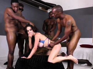 Babe jugs spunked by bbcs
