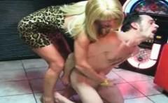 Mature blonde babe is givin handjob