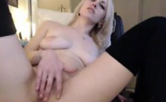 Sexy Slut Keeps Cumming on Cam