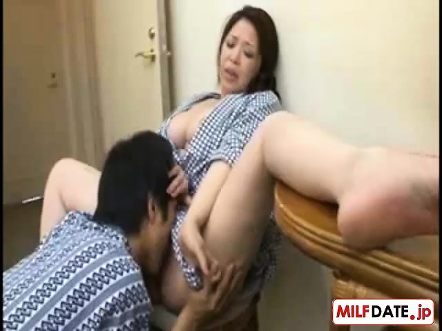 Japanese Beautiful Step Mother