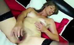 Amateur mature mom with hungry hairy pus - My Date from MILF