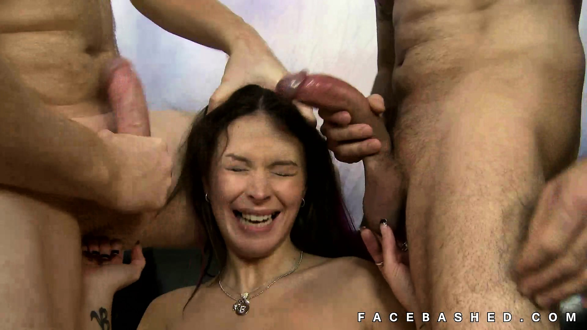 Bailey Brooks cute pornstar rough suck