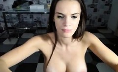 Sultry girl loves to put her phenomenal body on display on