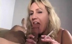 Mom deepthroat a large penis