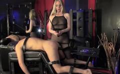 BDSM Domina analizes sub with fuckmachine
