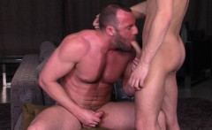 Dick sucking muscly hunks
