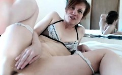 Horny Milf Camwhore Does Great Show