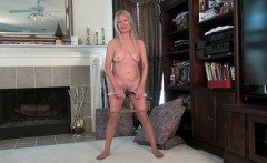Grannies Claire and Kelli play with their unshaven pussy