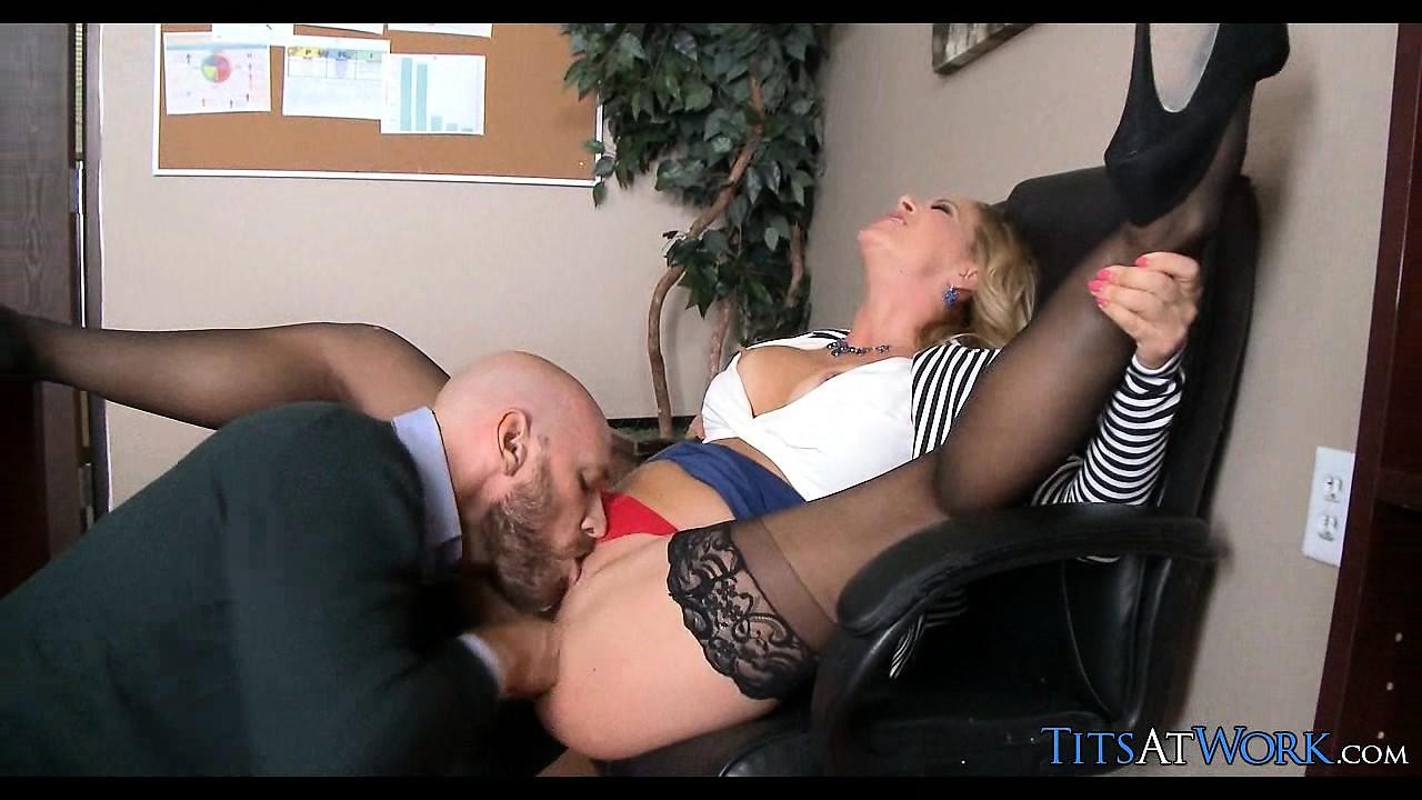 Big Tit Blonde Milf Gangbang