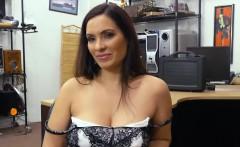 Latina brunette Sophie sells herself