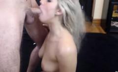 Sexy blonde amateur deepthroat