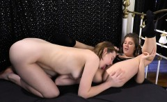 lesbian girls with trimmed cunts make sex tape