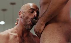 Hot agent interracial sex with cumshot