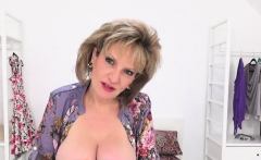 Adulterous english milf lady sonia shows her massive tits79h